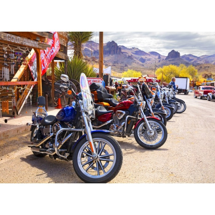 Rt 66 Fun Run Oatman Motorcycles 4-16 8377